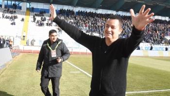 Acun Ilıcalı, Erzurumspor'a özel uçak kiraladı