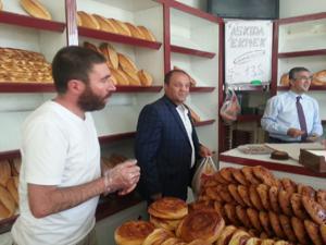MHP'li Aydın'dan 'Askıda Ekmek' uygulaması