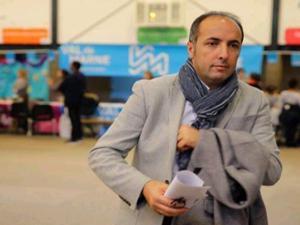 Oltulu Yavuz, Valenton'a Belediye Başkanı seçildi