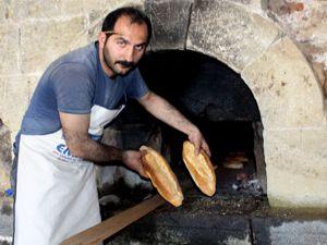 Tarihi tabyada 130 yıl sonra yeniden ekmek pişirdiler