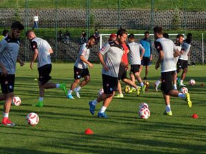 BB Erzurumspor futbolcuları laktat seviye testinden geçti