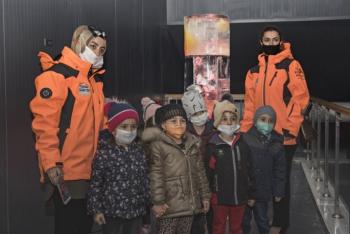 Minik sanatseverler Ata Buz Müzesini ziyaret etti